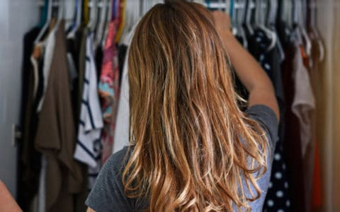 6 Steps to Clean Out Your Closet in 60 Minutes