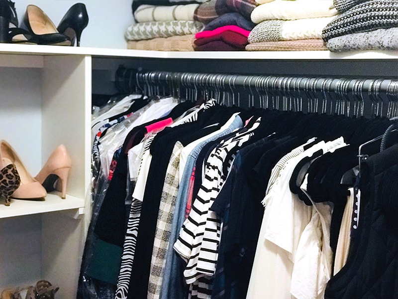 4 Weeks to a Better Wardrobe - The Well Dressed Life. Want to wake up to a closet filled with something to wear. Join our month long challenge and learn how to define your style, purge your wardrobe, and fill your closet with pieces you love.