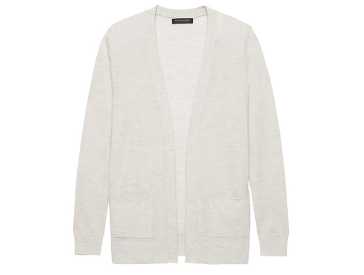 Go-to Lightweight Sweater for an Air-Conditioned Office - The Well Dressed Life