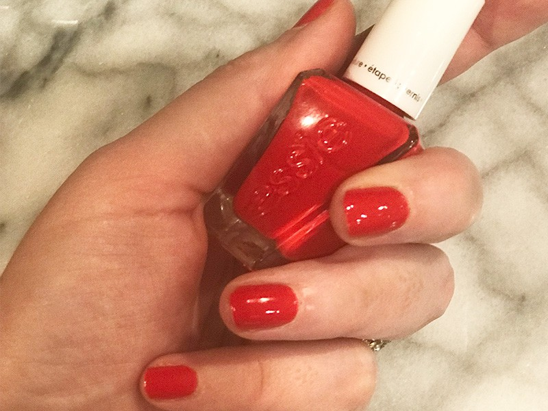 How to give yourself a salon manicure at home